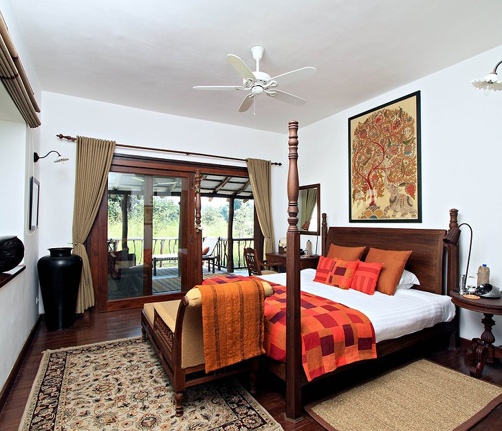 Samode Safari Lodge bedroom with balcony