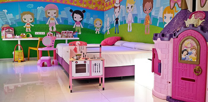 Hotel Del Juguete - The Toy Hotel In Spain