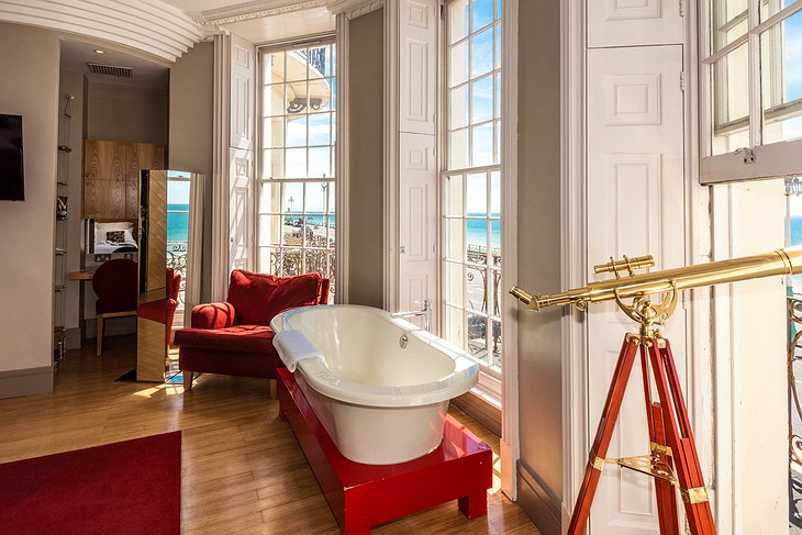 Feature Room free-standing bathtub with sea view