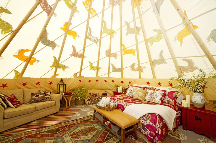 Mustang Monument Resort tipi bedroom
