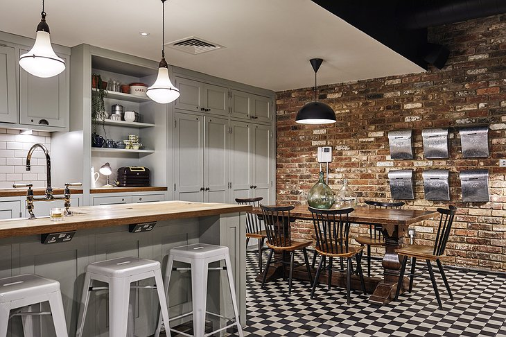 The Hoxton, Shoreditch apartment kitchen