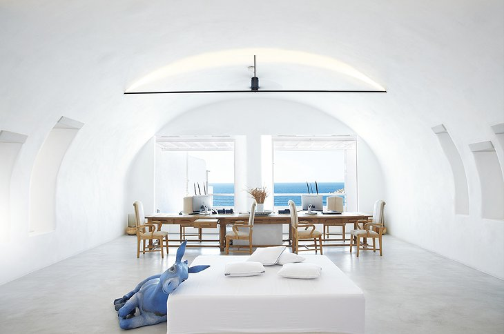 Mykonos Blu chill out room