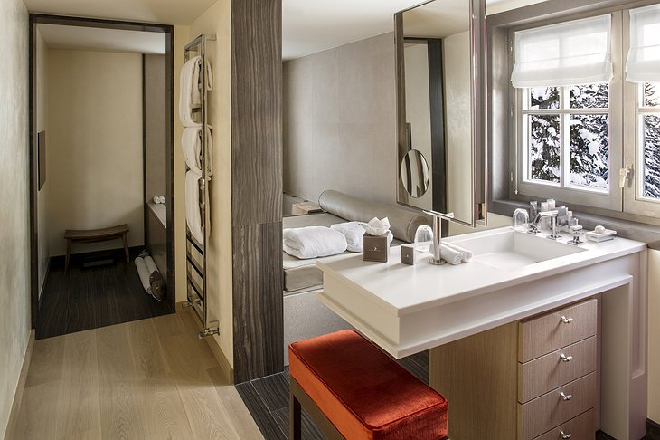 Cheval Blanc Courchevel bathroom
