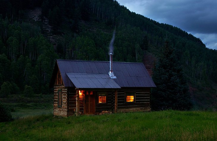 Dunton Hot Springs wood cabin