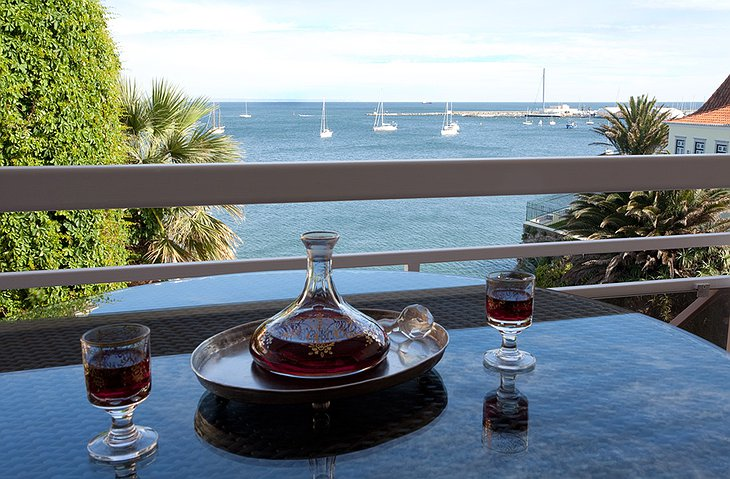 Wine and sea view, a perfect combination