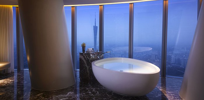 Four Seasons Hotel Guangzhou - Sky High Luxury