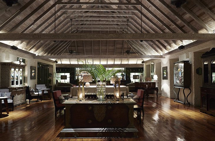 Mustique Island lounge