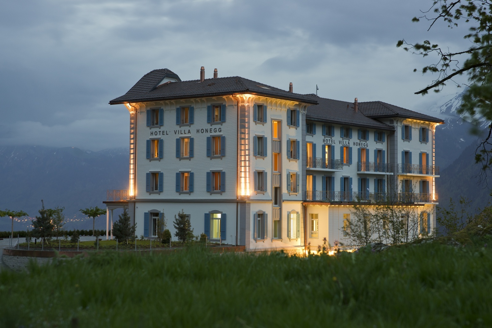 hotel villa honegg. Black Bedroom Furniture Sets. Home Design Ideas