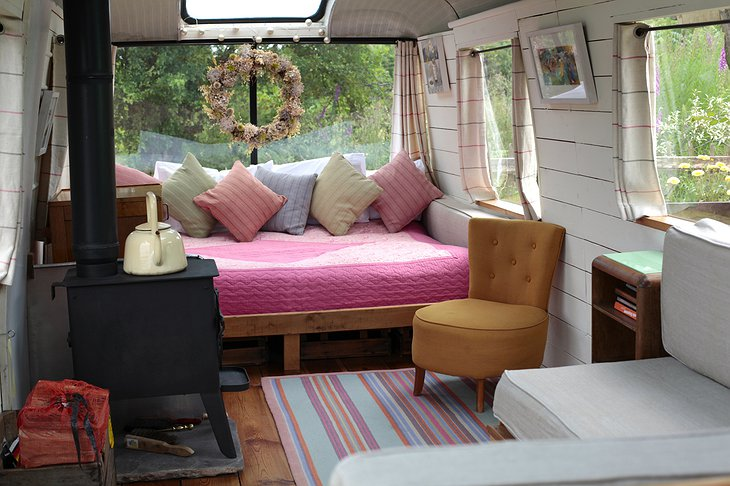 The Majestic Bus bedroom