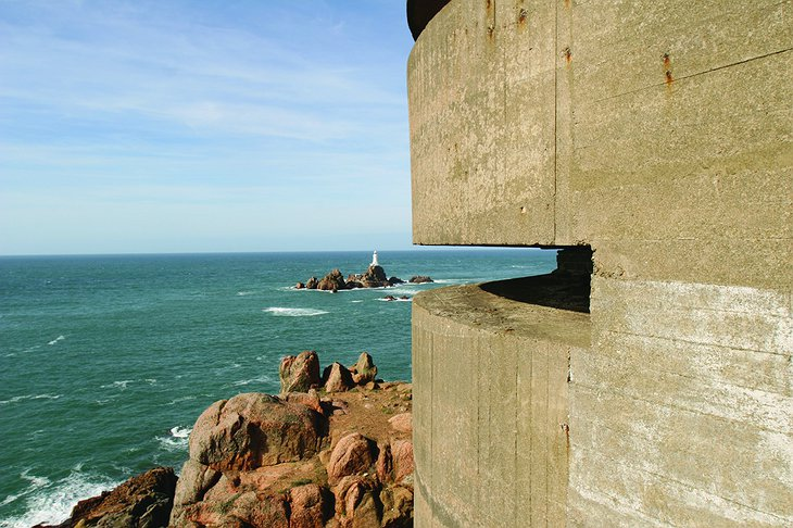La Corbiere Radio Tower defensive point of view