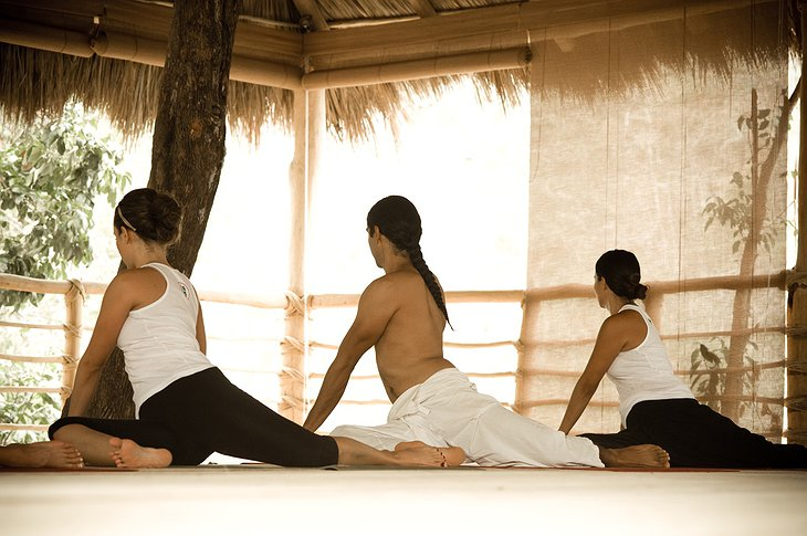 Xinalani Retreat yoga class