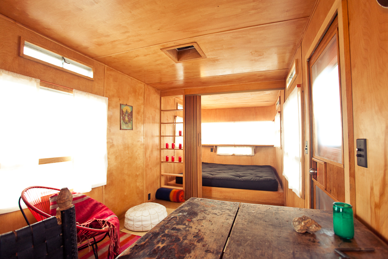 El Cosmico – An exodus from the world of urgency