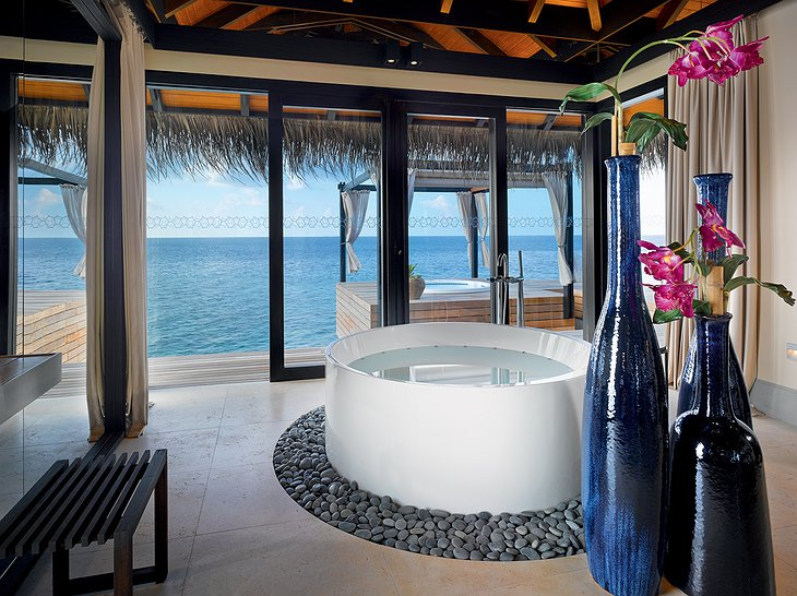 Ocean Pool House - Bathroom