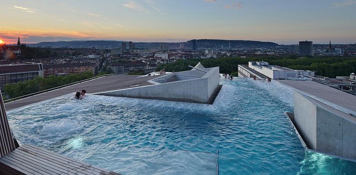 B2 Boutique Hotel Zürich - Rooftop Thermal Pool