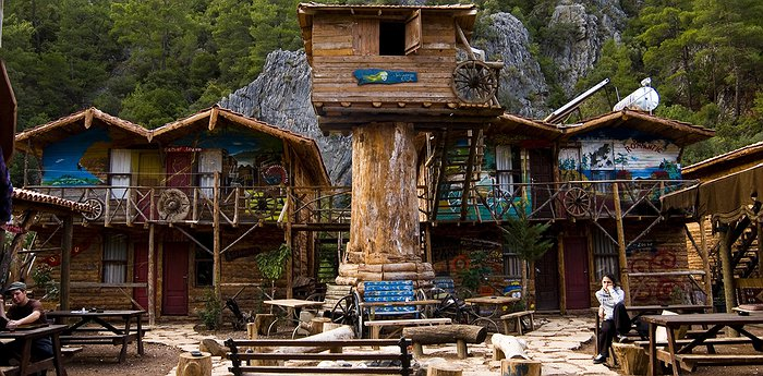 Kadir's Top Tree Houses - Crazy Treehouses In Turkey