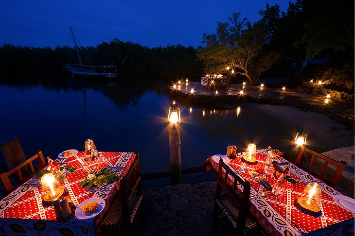 Chole Mjini Lodge night dining at the beach
