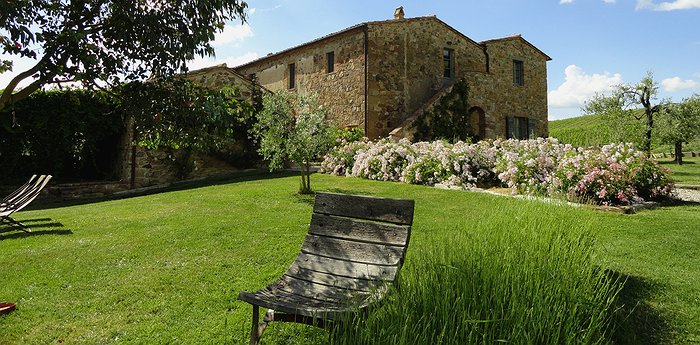 Follonico - Romantic Tuscan Farmhouse Getaway