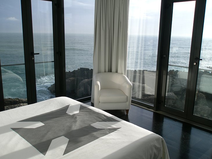 Farol Design Hotel room with view on the sea
