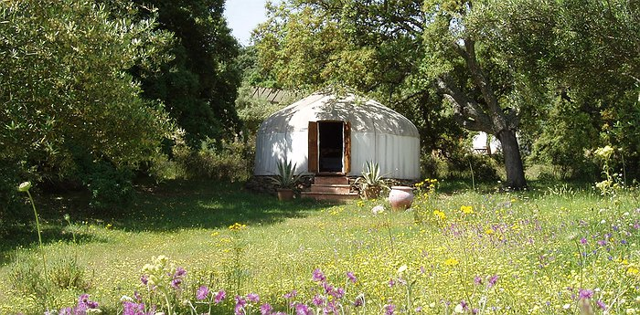 The Hoopoe Yurt Hotel – Traditional Nomadic Living
