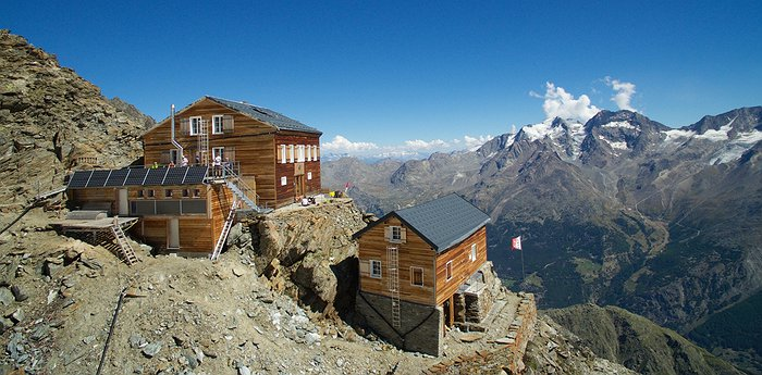 Mischabel Hut - A Mecca for mountaineering nerds