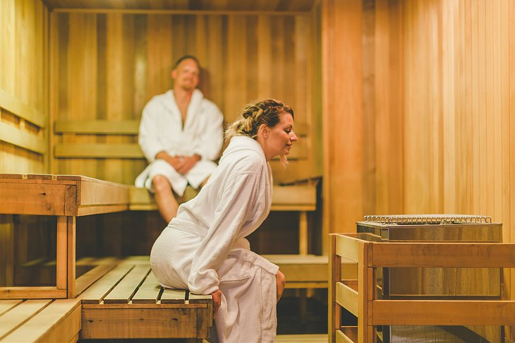 Whitney Peak Hotel spa sauna