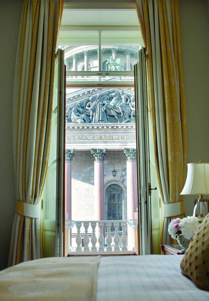 Four Seasons Hotel Lion Palace St. Petersburg bedroom with view on basilica