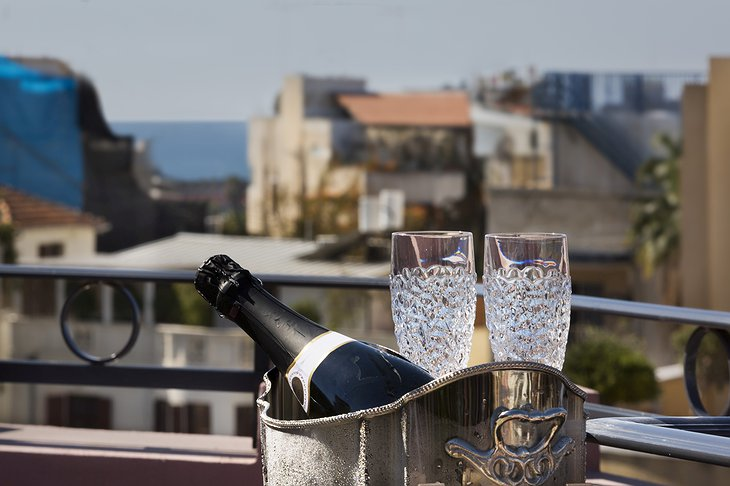 Hotel Nordoy Champagne with Tel-Aviv Panorama
