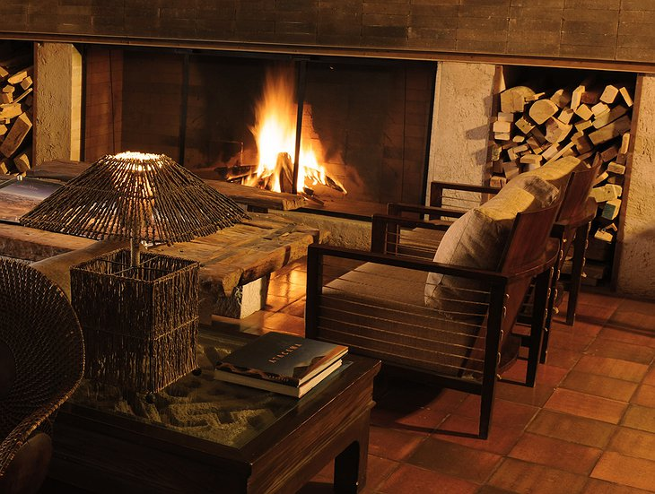 Alto Atacama fireplace