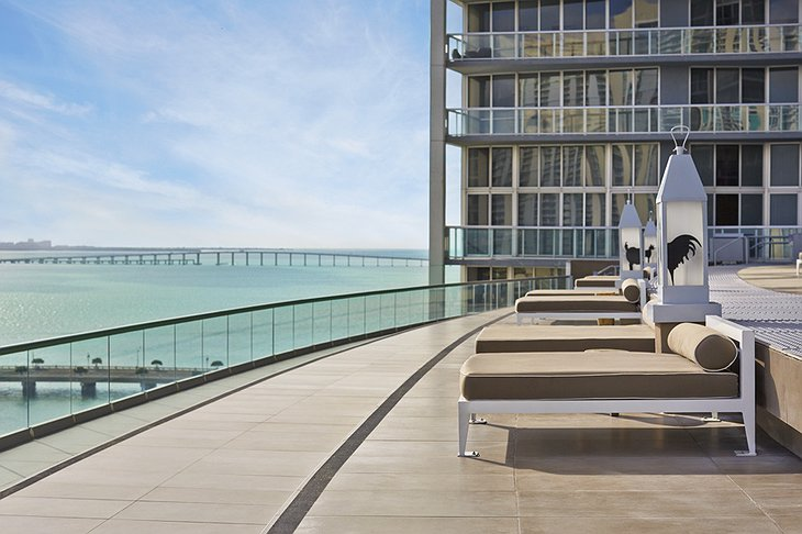 Viceroy Miami rooftop sun beds