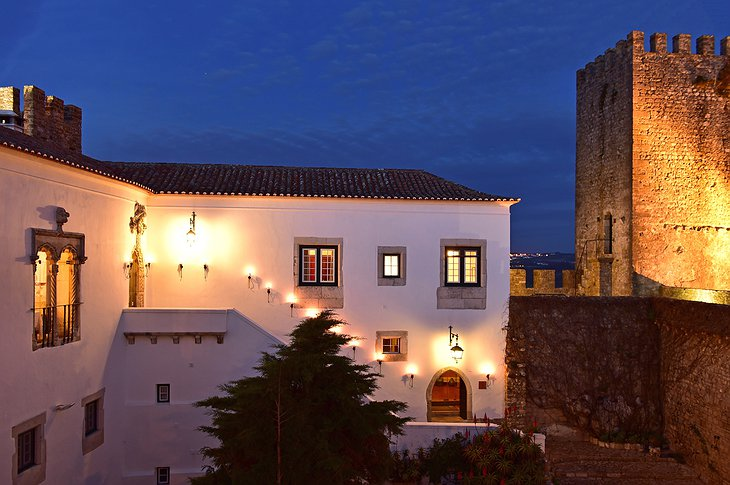 Pousada Castelo de Obidos hotel exterior at night