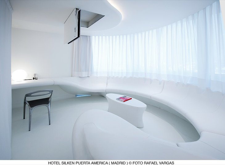 Hotel Silken Puerta América Madrid white living room
