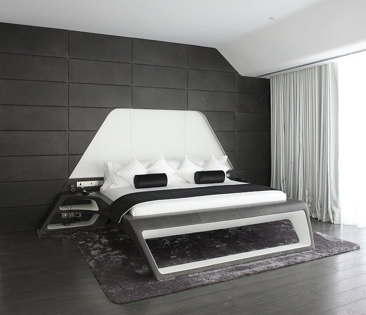 Yas Viceroy hotel design room in black and white