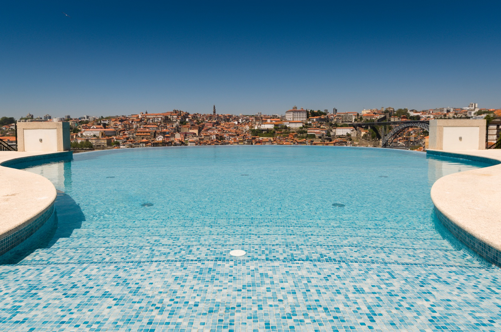 The yeatman hotel - 4 star hotels in lisbon with swimming pool ...