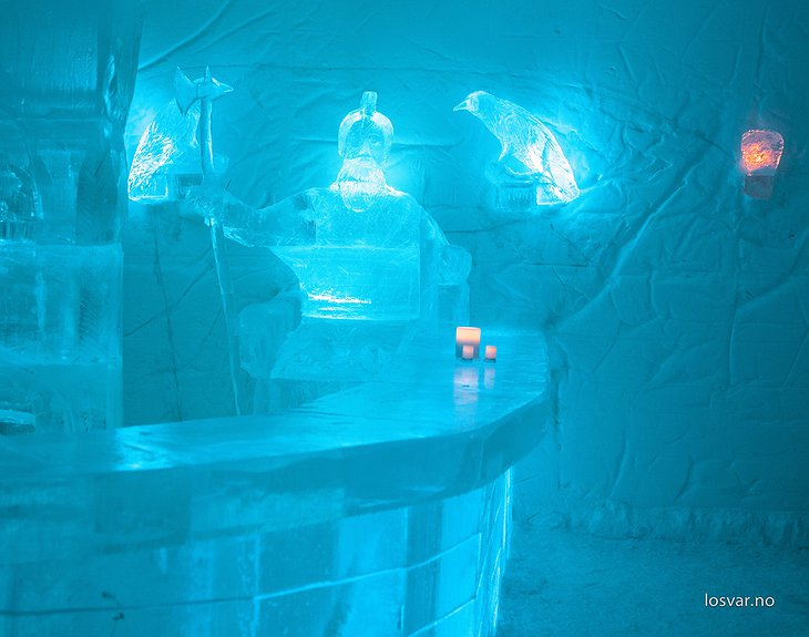 Sorrisniva Igloo Hotel ice bar