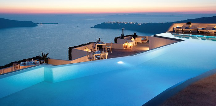 The Grace Santorini