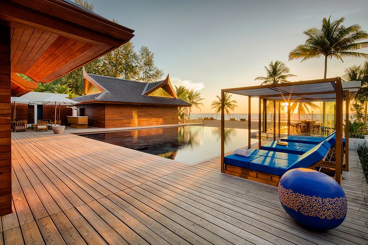 Collectors Villa terrace with pool