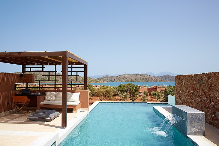 Domes of Elounda private pool
