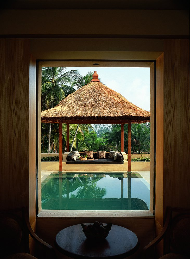 Amanjiwo pool suite view
