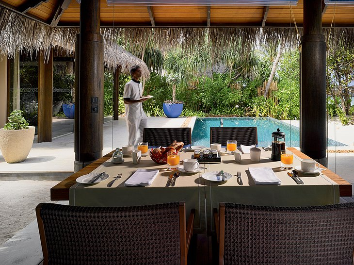 Beach Pool Villa - Outdoor Dining Area