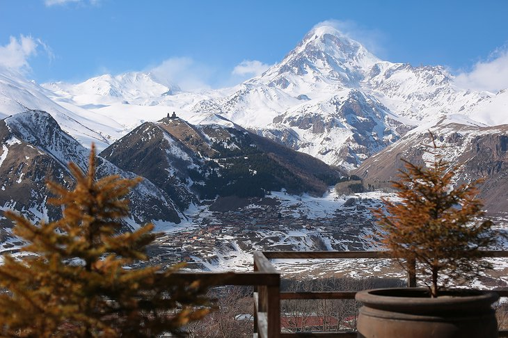 Rooms Hotel Kazbegi Balcony Mountain View