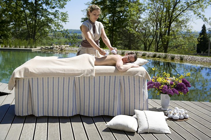Chateau Mcely outdoor massage