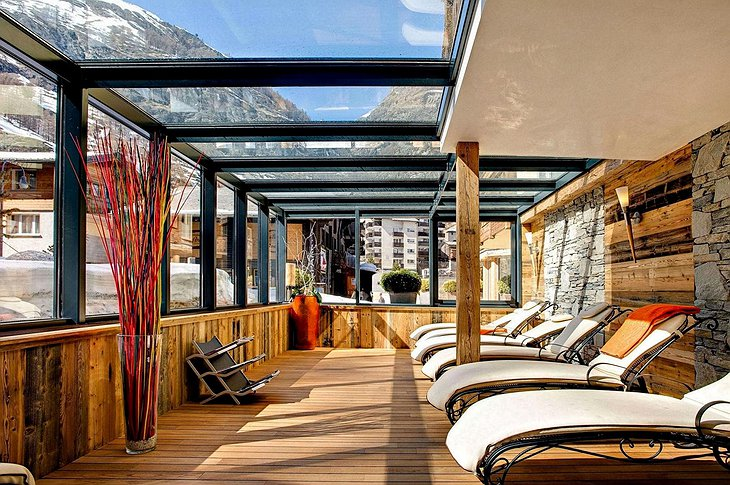 Sunbath terrace in the Alps