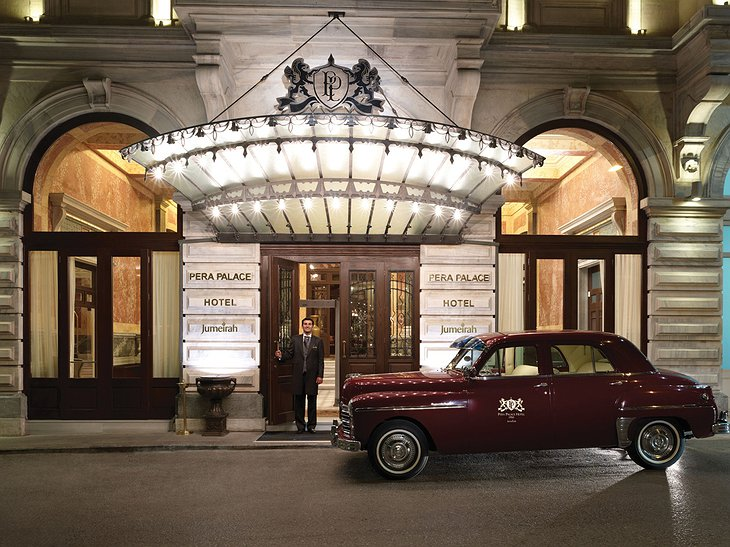 Pera Palace Hotel entrance and vintage car