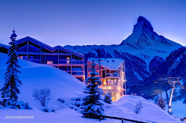 Hotel Matterhorn Focus building in the winter