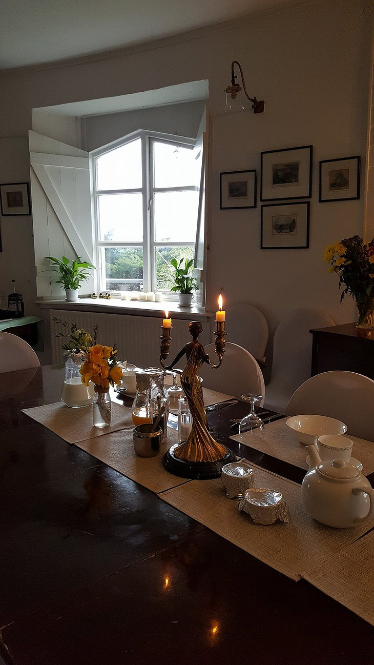 West Usk Lighthouse dining room