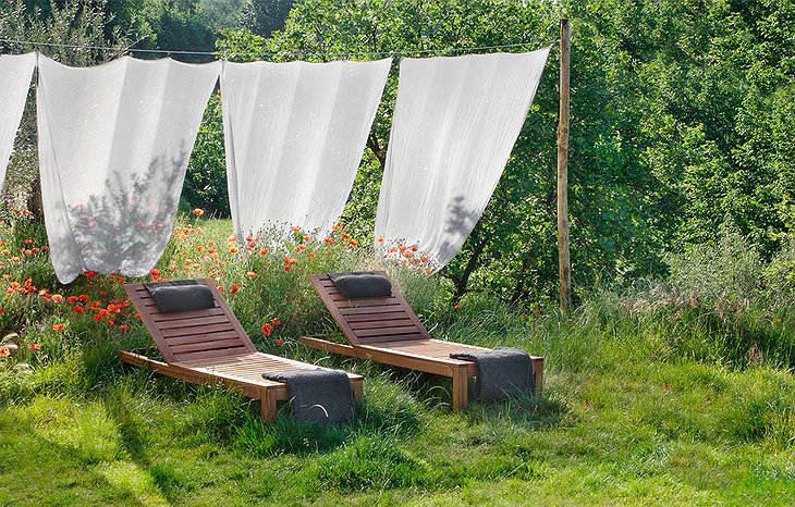 Graine & ficelle deck chairs in the nature