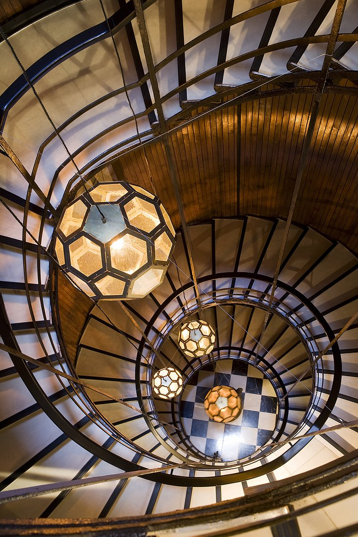 Amazing spiral staircase