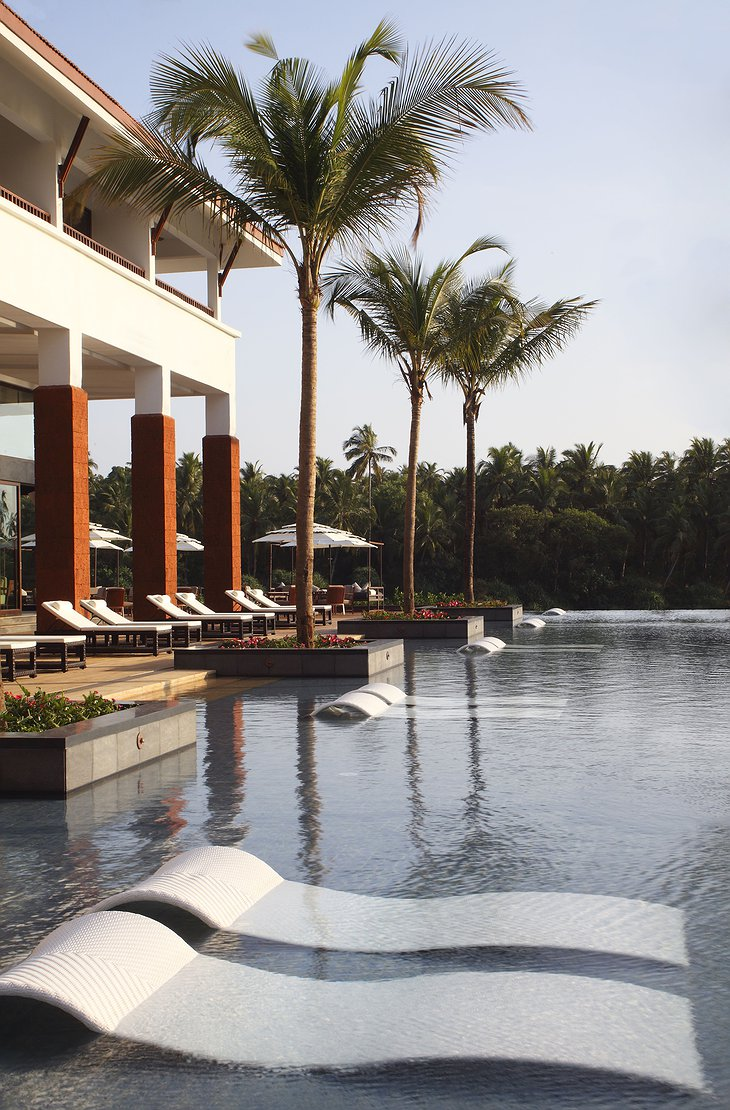 Alila Diwa Goa pool lounges