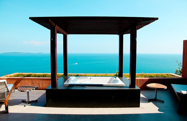 Bathtub on the terrace