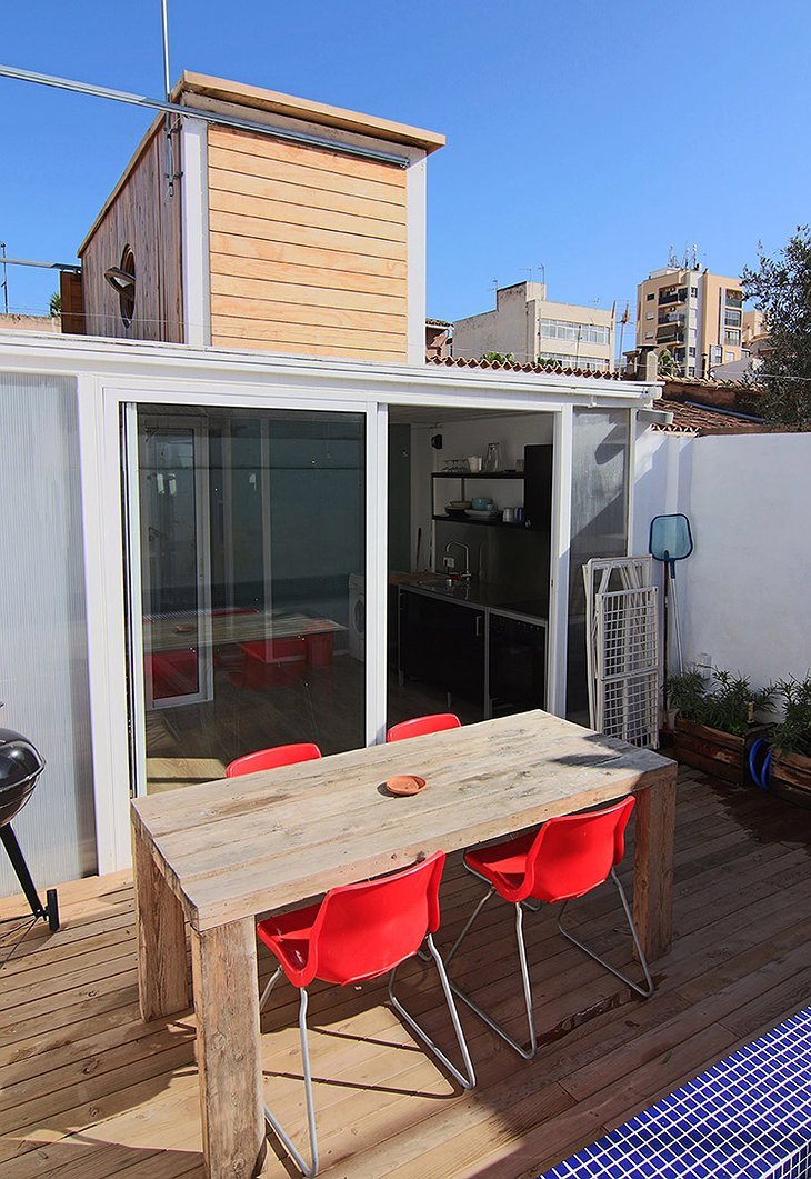 Container Home rooftop terrace